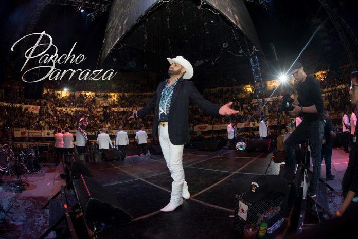 Pancho Barraza celebró su cumpleaños con un lleno total.