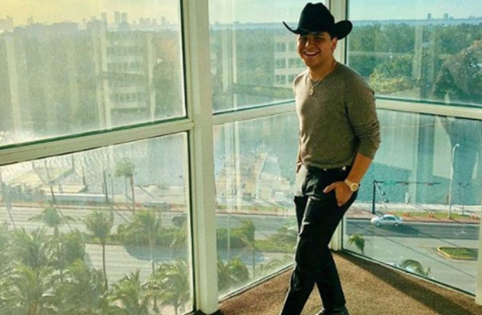 Christian Nodal es finalista en 5 categorías en Premios Billboard de la Música Latina 2018