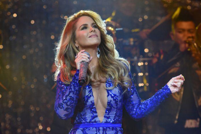 Lucero estrena el video de su sencillo 'Necesitaría'
