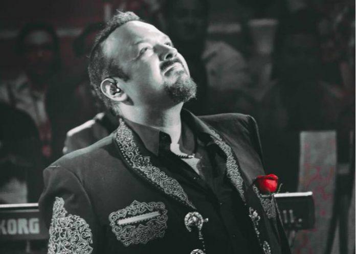 Pepe Aguilar festeja sus 50 primaveras