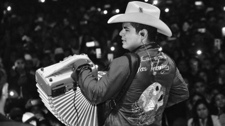 Alfredo Olivas arrasa con su Día de los Muertos